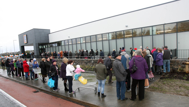 Queues outside new ALDI store in Knocknacarra